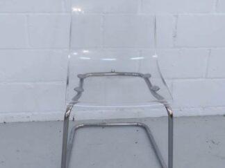 Silla estructura acero y asiento de metacrilato transparente asisi001