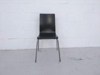 Silla estructura metal asiento madera negra asisi007