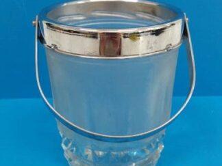 Cubitera cristal con cromado